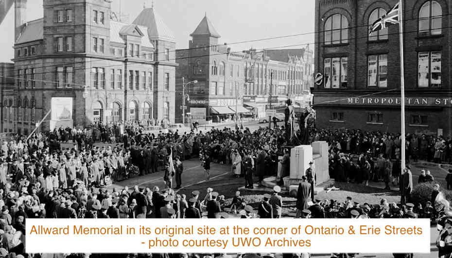 Allward Memorial in its original site at the corner of Ontario & Erie Streets